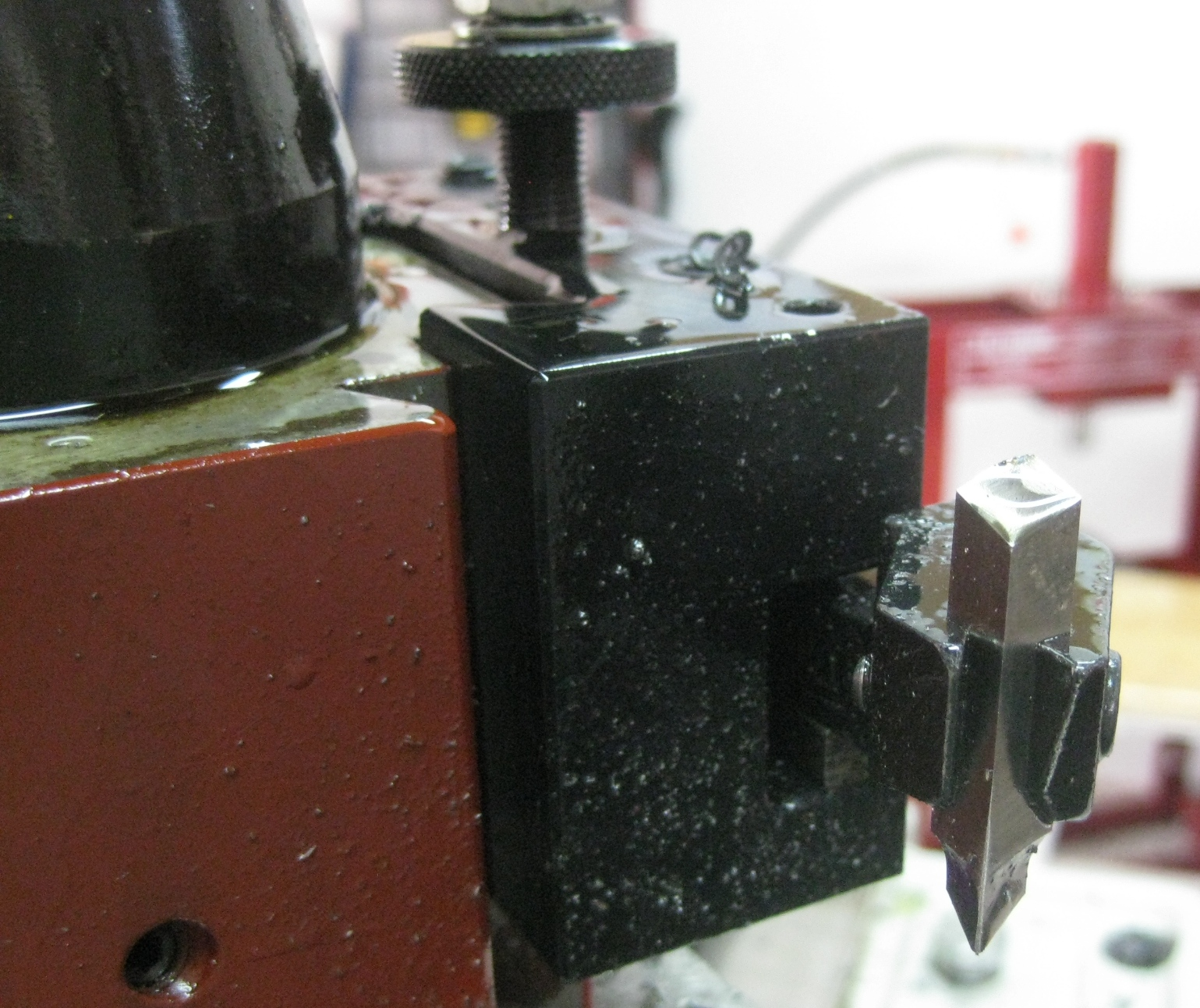 Image showing Close Up Photo of the Screw Cutting Tool from the Rear