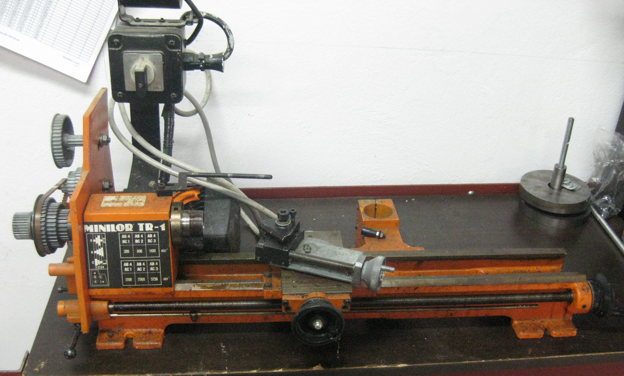 Photo of Minilor Lathe General View
