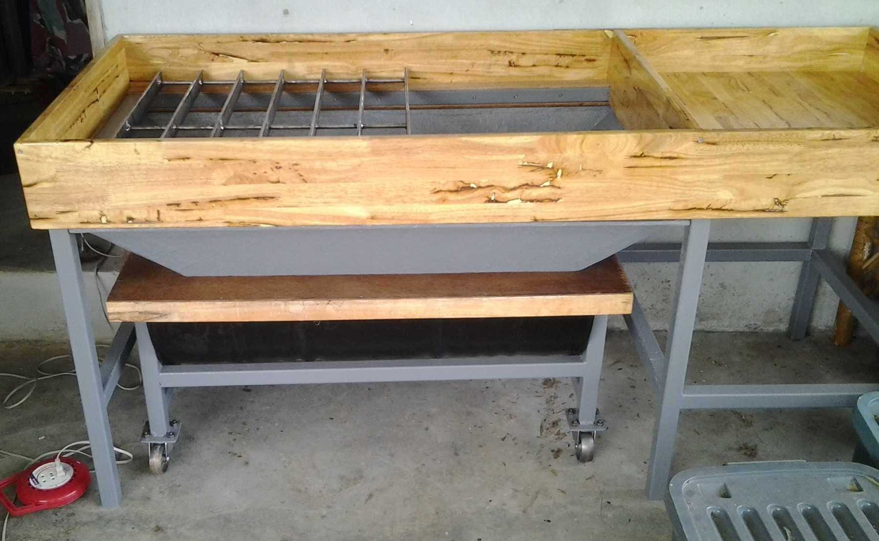 Image of Molding Bench For Model Engineering Foundry