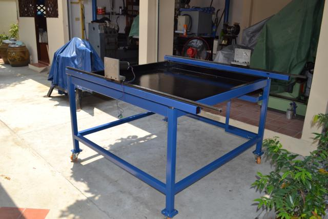 Image of Made In Thailand by ModeleC Engineer CNC Plasma Cutting Machine Table Painted 1