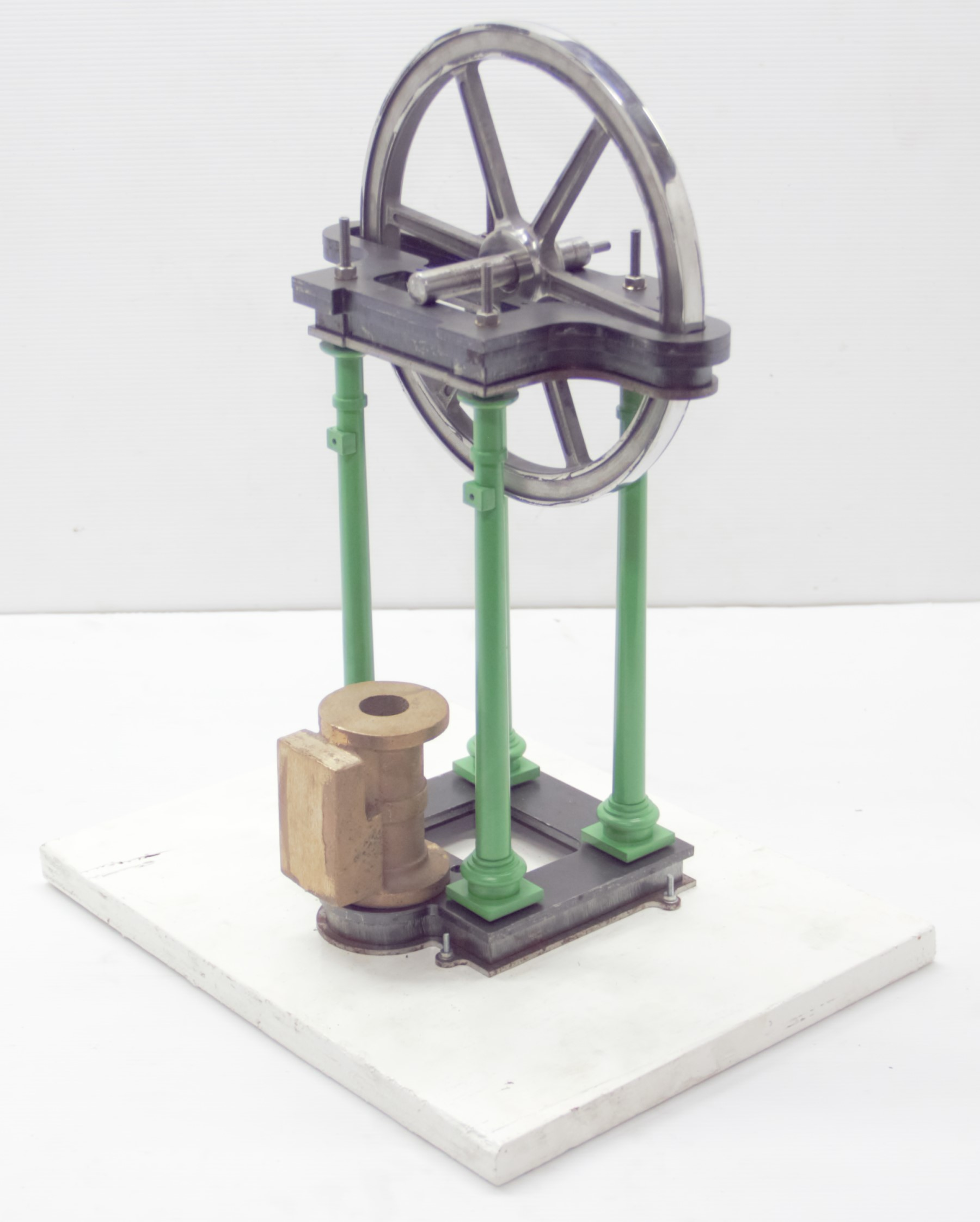 Photo showing Thailand Model Engineer's Overcrank Engine Model Columns Assembled